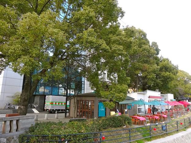 京橋川オープンカフェ Kyobashi Open cafes