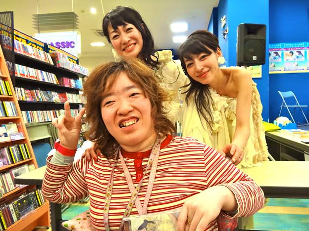 玉城ちはる Full Moon Nude インストアライブ フタバ図書TERA広島府中店