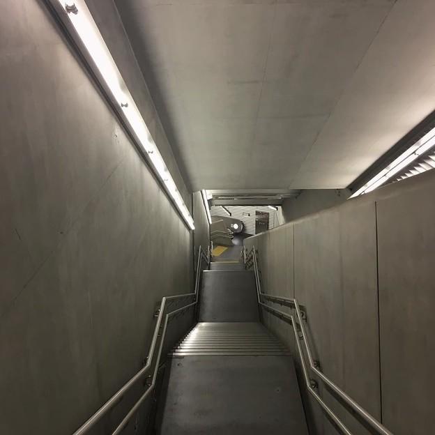 人気のない階段よ