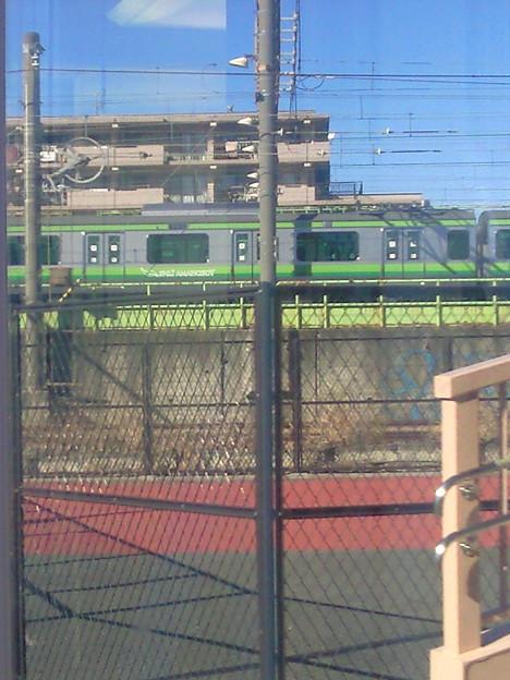 昨日の昼間の買い物ついでに、お遊びで横浜線E233系6000番台...