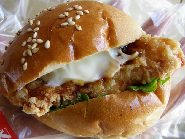 若鶏チキンバーガー 照焼マヨ