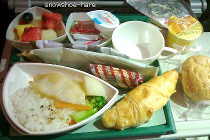 ドバイ→成田 機内食