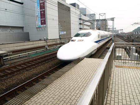 700系(新横浜駅)11