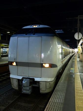 683系(金沢駅)