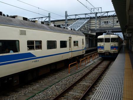 419系と413系(富山駅)2