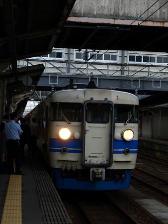 475系(富山駅)3