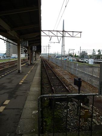 富山駅3番線