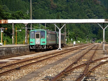 キハ120系(猪谷駅)3