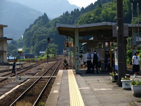 キハ48系(猪谷駅)