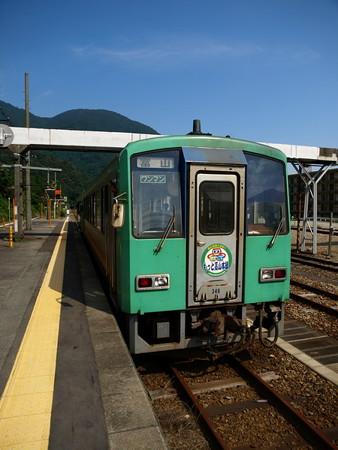 キハ120系(猪谷駅)8