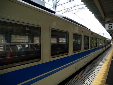 475系(富山駅)15