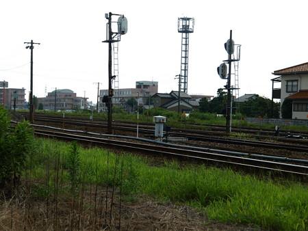 能町駅構内4