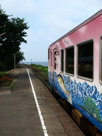 キハ40氷見線(越中国分駅)3