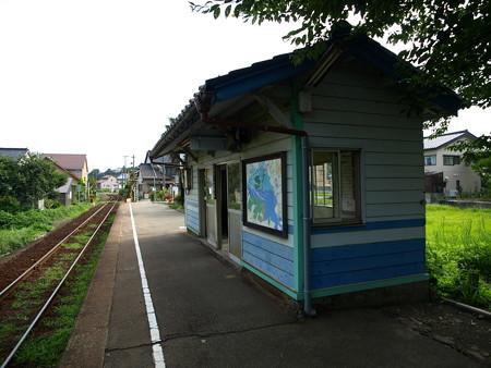 越中国分駅12