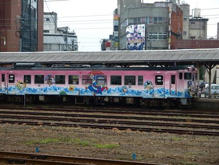 高岡駅53