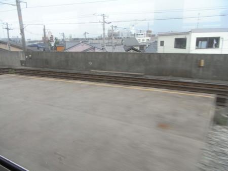北陸本線の車窓(金沢→西金沢)3