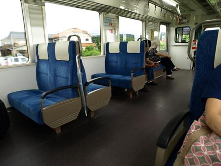 のと鉄道NT203車内1