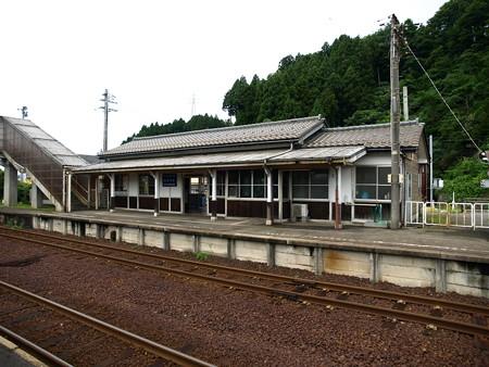 能登中島駅7