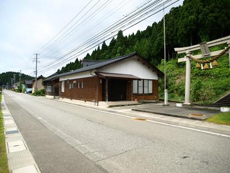 能登中島駅界隈7