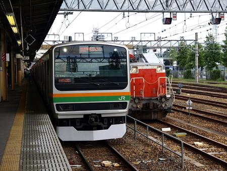 E231系とDE10-1125(宇都宮駅)1