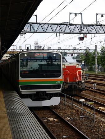 E231系とDE10-1125(宇都宮駅)2