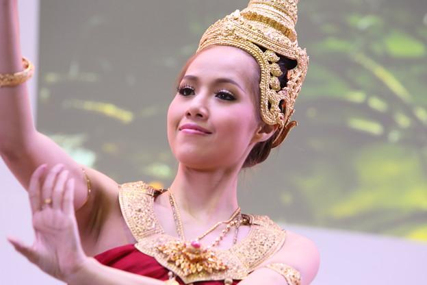 タイ民族舞踊3