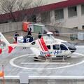 Photos: 救急搬入