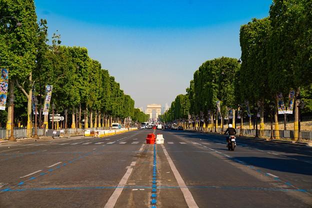 Photos: 190626162600_Av. des Champs-Élysées
