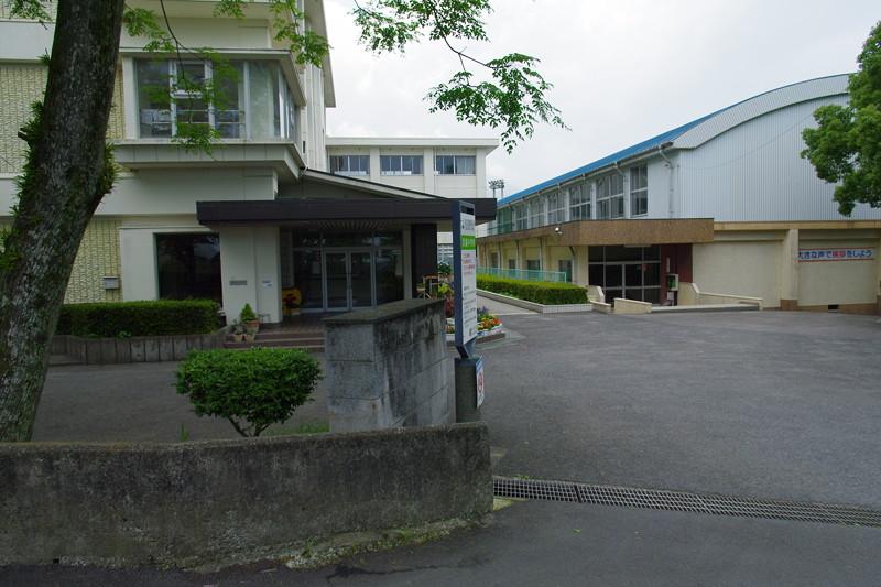 大友浜脇館跡は中学校周辺