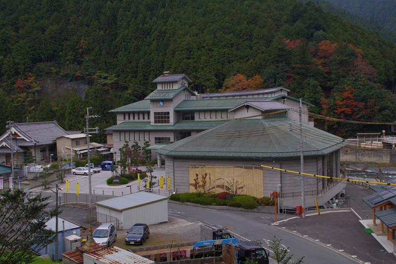 東吉野村役場南側が登城口