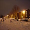 写真: 夜の雪かき