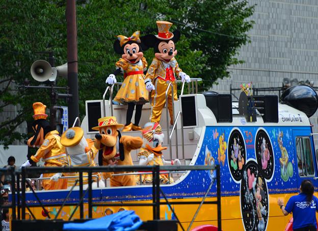 おかやま桃太郎まつり・うらじゃに東京ディズニーのミッキー・ミニーも参加。。