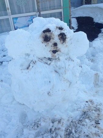 かに太郎さんが作ったチェブラーシカ雪だるま 遅いアップですが。