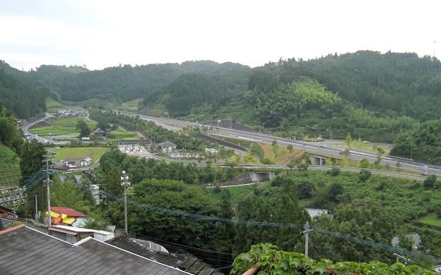 写真: 大分 高塚地蔵尊01 天瀬高塚インター