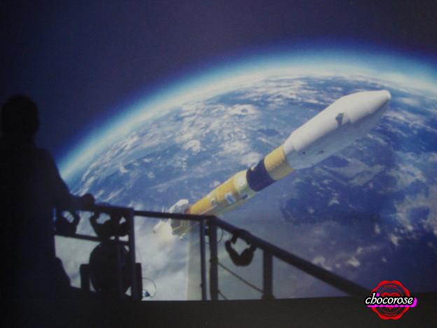 H-?Bロケットの打ち上げを見下ろす