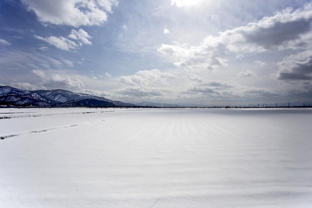 山形・早春の雪景色 01