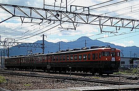 169系「リバイバル信州号」(回送・屋代駅発車)