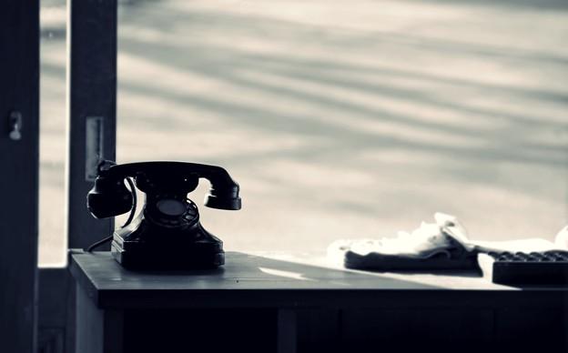店先の黒電話
