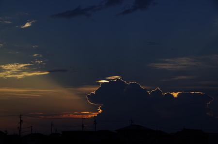 夕映えに彩雲 (2)