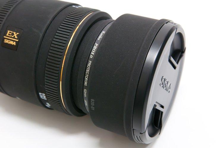 SIGMA MACRO 70mm F2.8 EX DG フード,レンズキャップ装着
