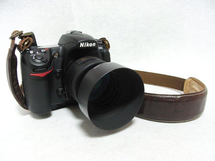 Nikon D300S + Nikon AF-S NIKKOR 35mm f/1.8G + Nikon HS-7