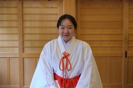 2012.11.28 安曇野 穂高神社 巫女さん