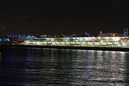 2012.12.09 みなとみらい 象の鼻パークから 大桟橋