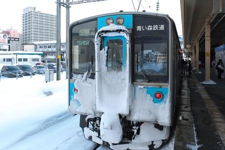 2013.01.26 青森駅 青い森鉄道窓に青森桟橋