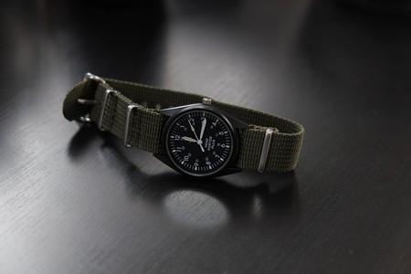 2013.02.19 机 雑誌『SMART』の付録腕時計