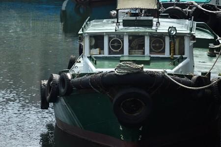 2013.09.07 桜木町 大岡川に働き舟