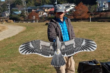 2013.12.05 和泉川 盤鷹 凧と製作者