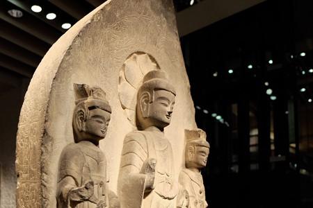 2014.01.08 東京国立博物館 如来三尊立像 中国