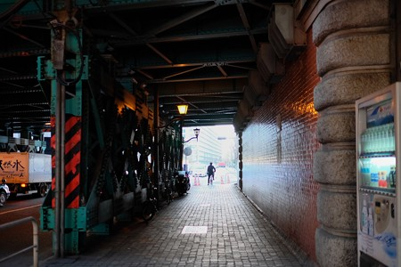 2014.02.07 東京駅手前 高架下