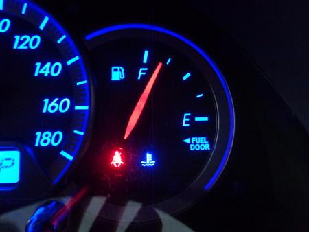 ウィッシュ イカリング取付・LED打ち替え メーター 燃料